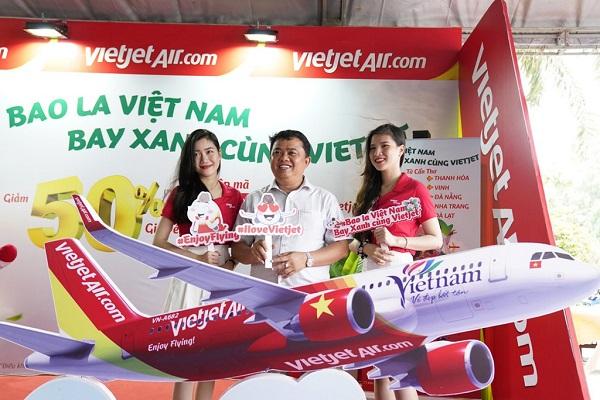 """""""Bao la Việt Nam - bay xanh cùng Vietjet"""" triển khai cho tất cả các đường bay trong nước"""